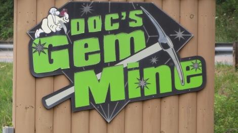 Attractions: DOC'S ROCKS GEM MINE, BlowingRock